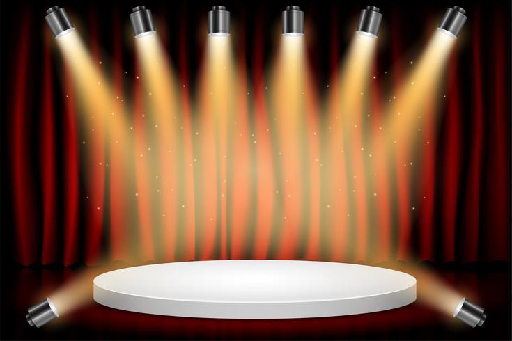 Podium du tour blanc vainqueur sur fond de scène de théâtre rideau rouge. Stage avec Studio Lights pour la cérémonie de remise des prix. Les projecteurs s'illuminent. Illustration vectorielle Contexte.