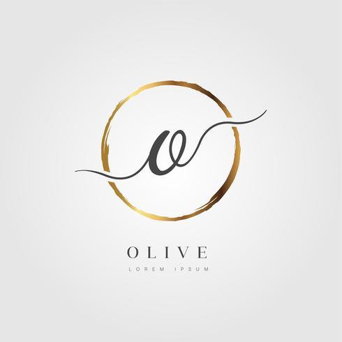 Oro elegante letra inicial tipo O