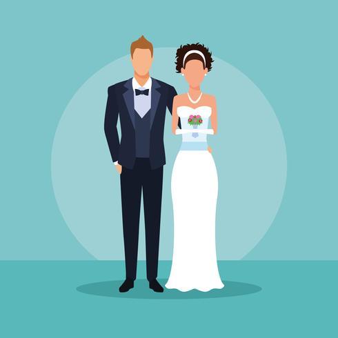 casal de noivos abraços