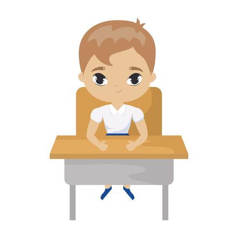 kleine student jongen zitten op school bureau