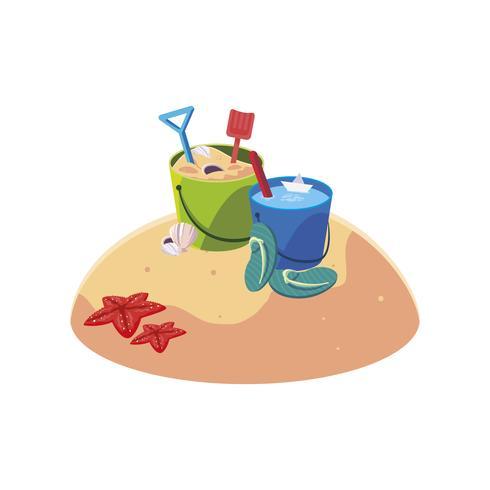 sommarsandstrand med sandhinklekscene