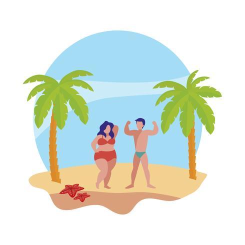 jeune couple sur la scène d'été de la plage