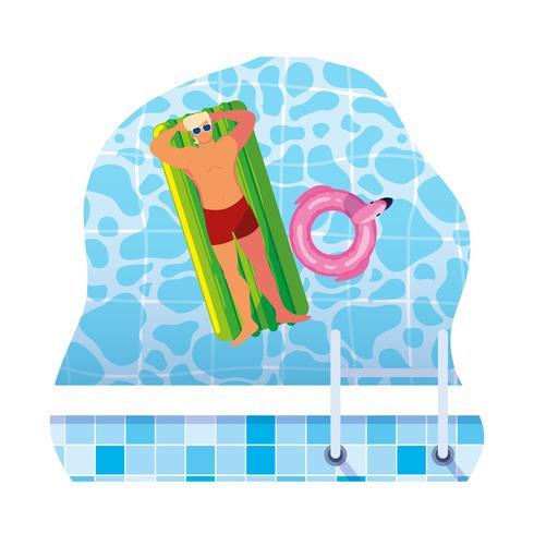 Hombre joven con traje de baño y colchón flotante en agua.