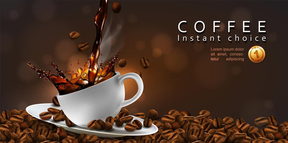 Kaffebönor och en kopp ångande kaffe.