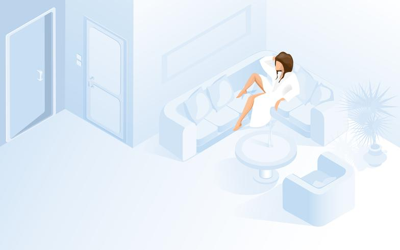 Schöne Dame im weißen Bademantel auf Sofa im Hotel