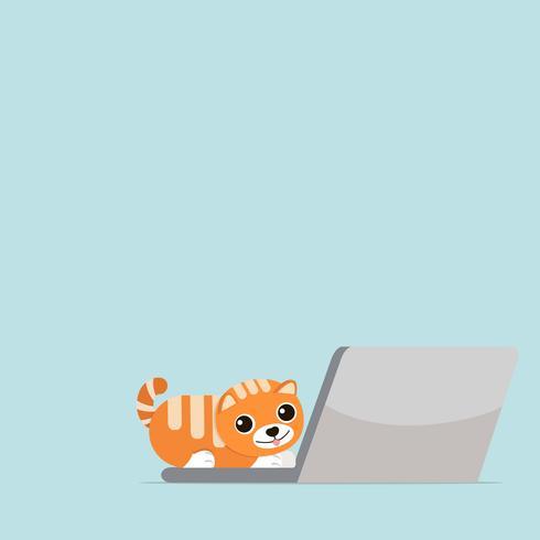 Nette Katze auf Notizbuch