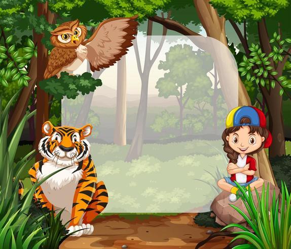 Kleines Mädchen und wilde Tiere im Dschungel