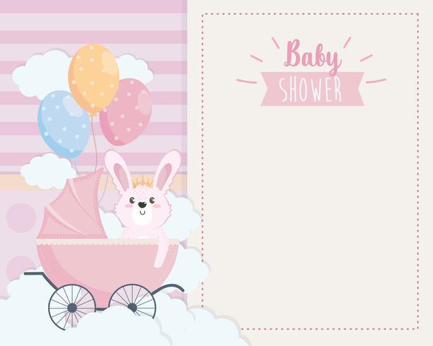 Tarjeta de Baby Shower con conejito en carro