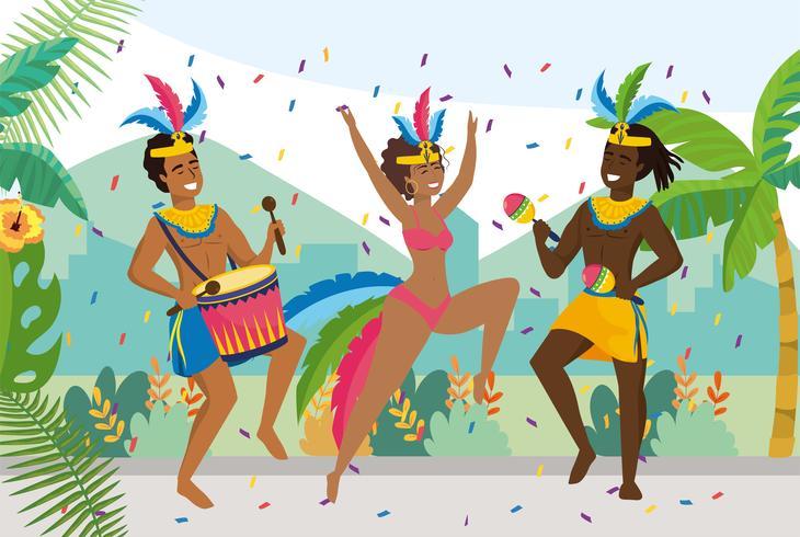 Músico masculino e dançarinos com decoração de penas