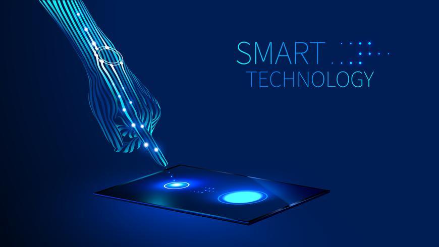 main utilisant une technologie intelligente