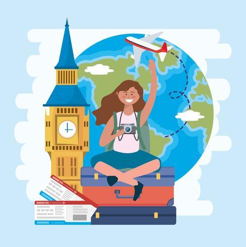 Turistkvinna med stor ben och jordklot