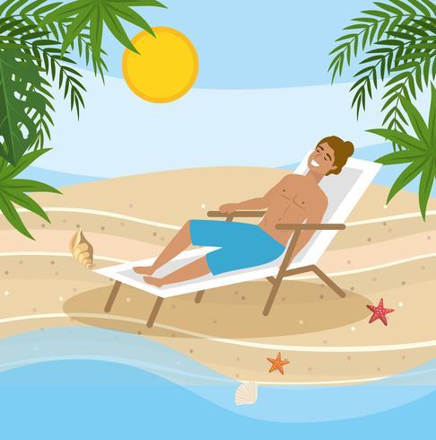 Mann, der im Strandstuhl durch den Ozean sitzt