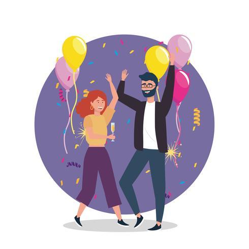 Mulher e homem dançando com champanhe e balões