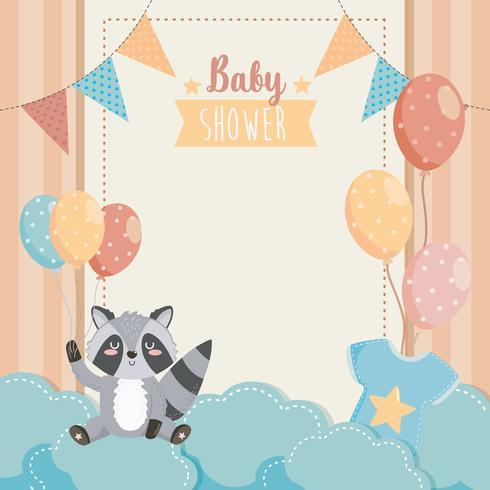 Kaart van de baby douche met wasbeer met ballonnen op wolken