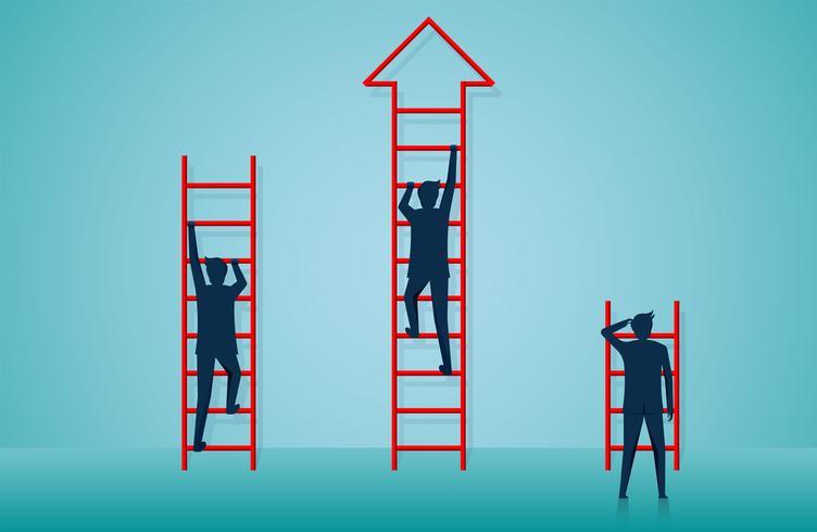 de zakenliedenconcurrentie beklimt ladder om naar doel te gaan