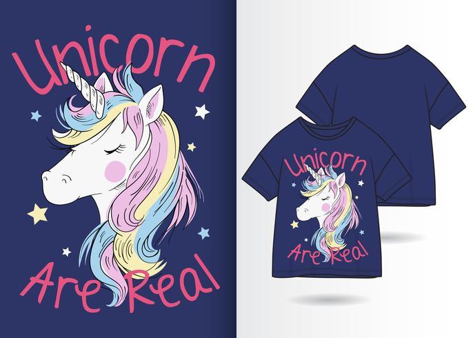 Unicorno disegnato a mano per t-shirt
