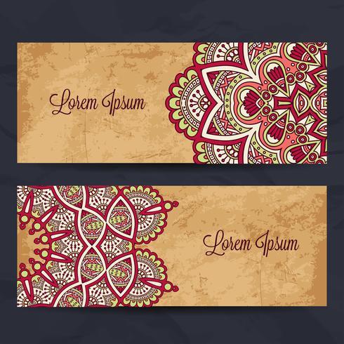 Longues cartes de visite en style ethnique. Éléments de décoration vintage.