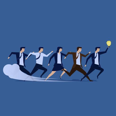 Os homens de negócios e a equipe de mulheres de negócios correm juntos para o objetivo da empresa.