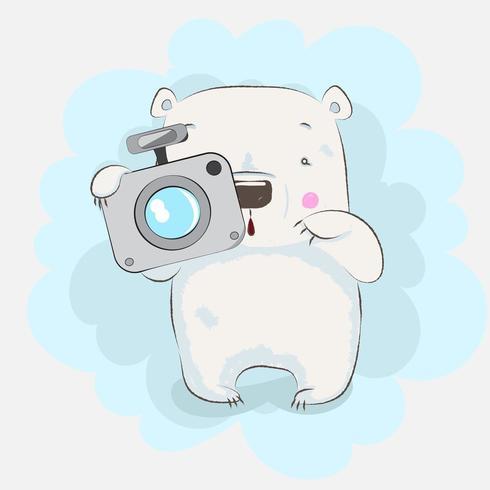 simpatico orsetto che tiene la fotocamera