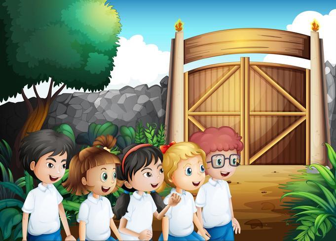 Cinq étudiants avec des uniformes complets