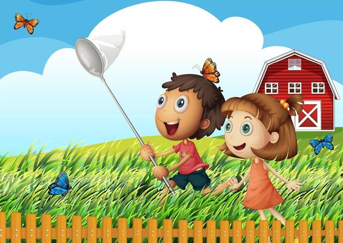 Barn som fångar fjärilar på fältet
