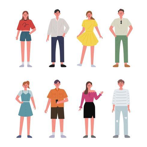 Satz Männer und Frauencharaktere, die Sommerkleidung tragen.