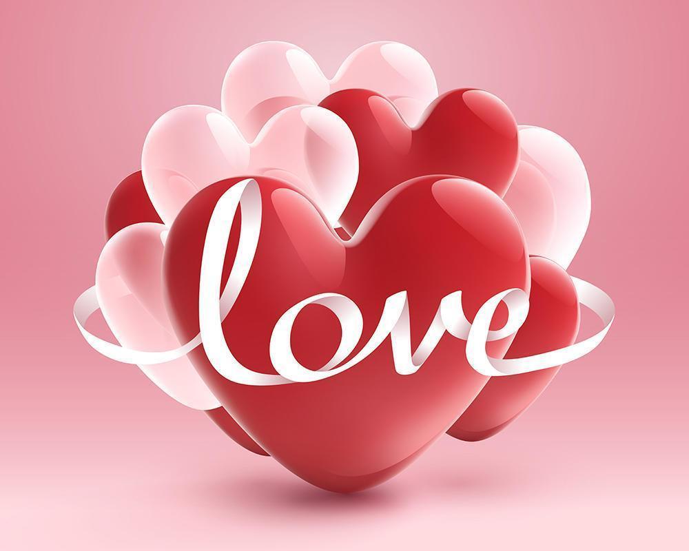 Cinta blanca de amor con corazón rojo y globo transparente blanco sobre fondo rosa