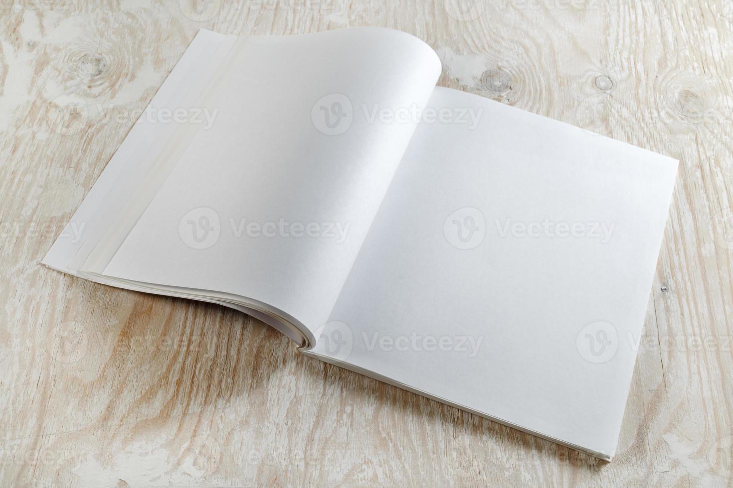 folleto en blanco foto