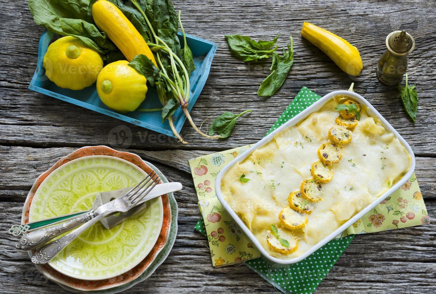 Lasagna de vegetales foto