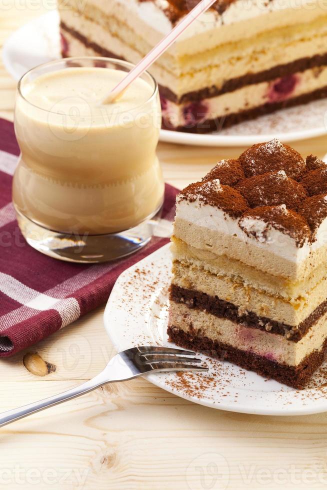 tiramisu cake photo