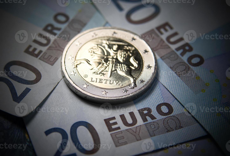 nuevo dinero euro lituano foto