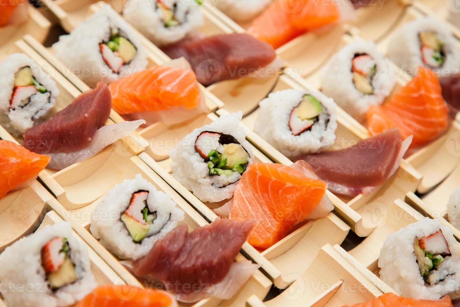 sushi japonés de mariscos foto