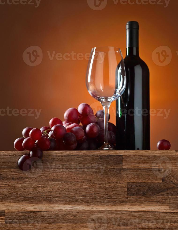 uva y vino tinto foto