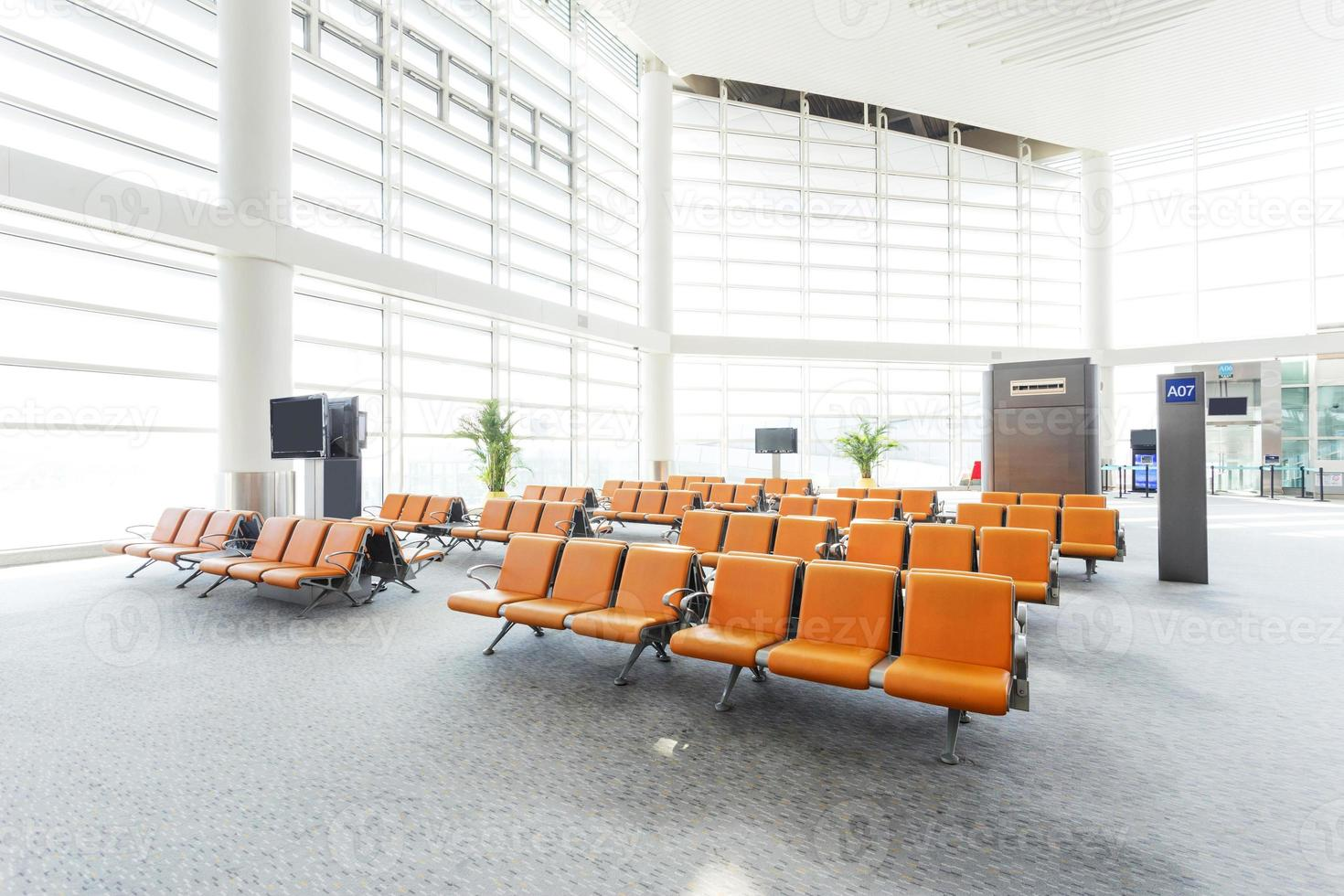 moderno aeropuerto sala de espera interior foto