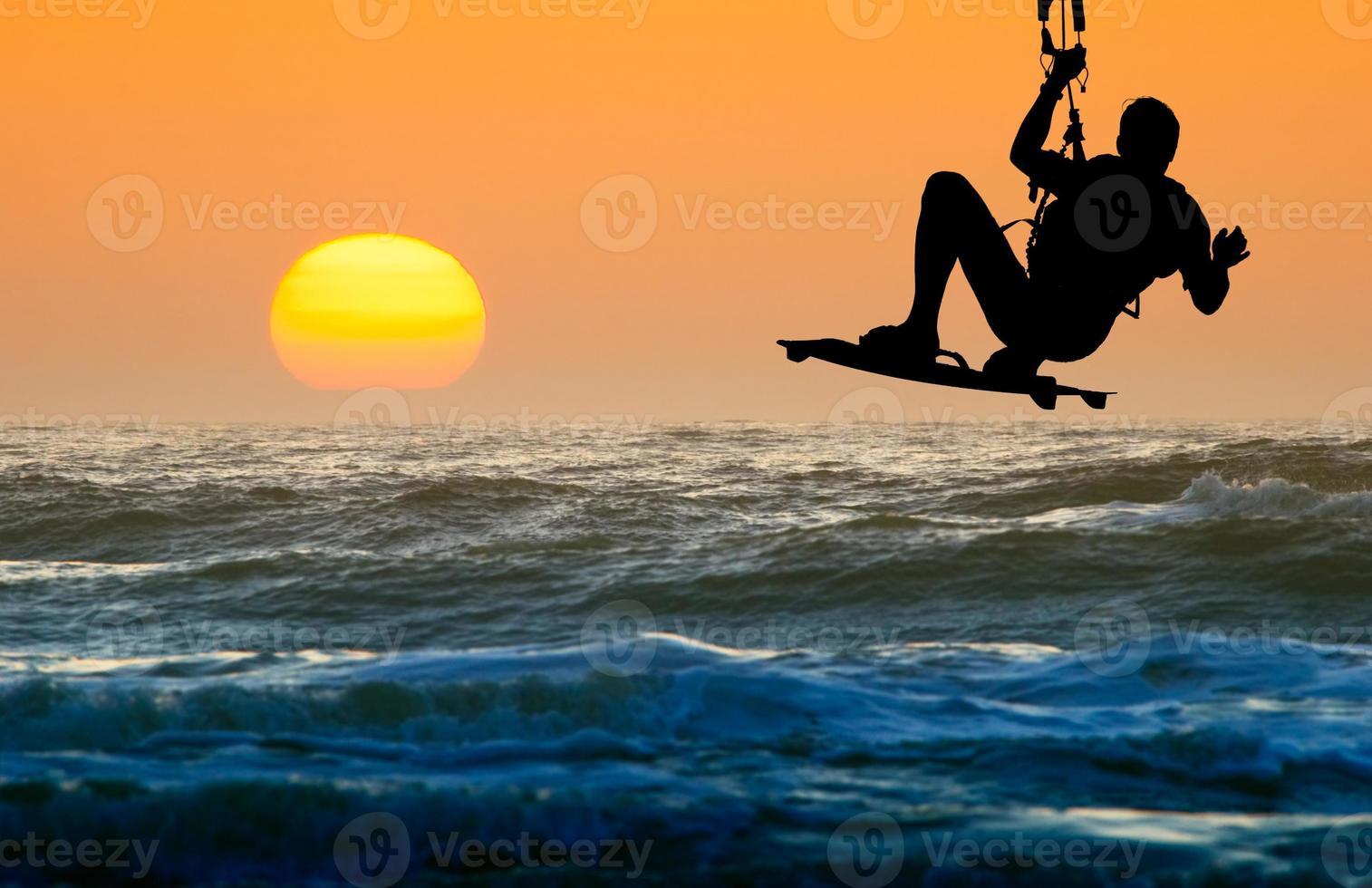 kite boarder in actie foto