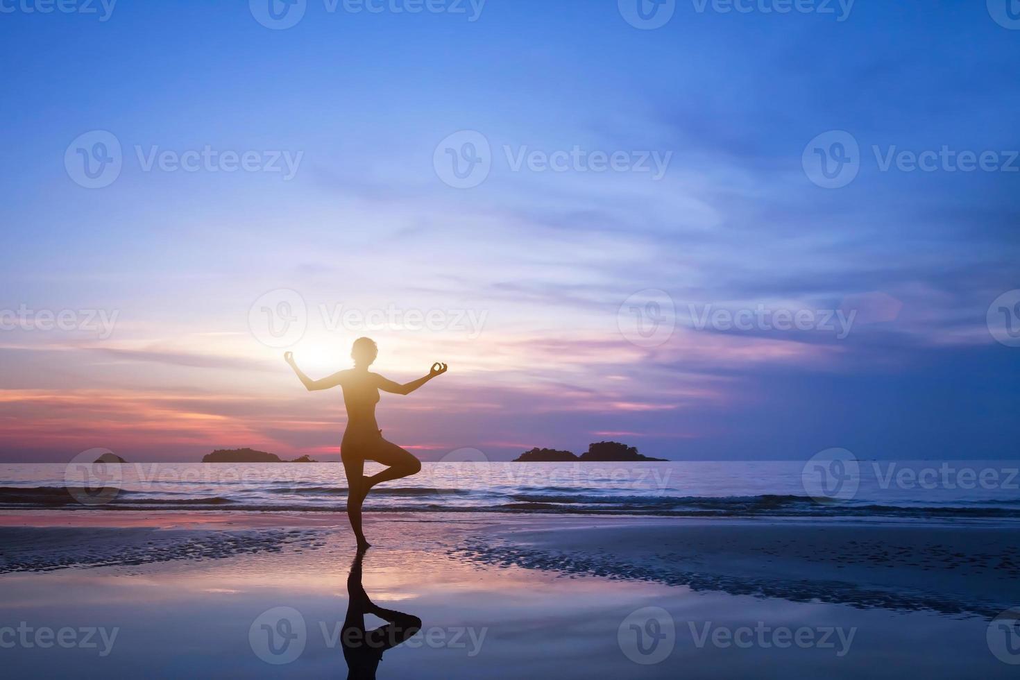 ejercicio de yoga foto