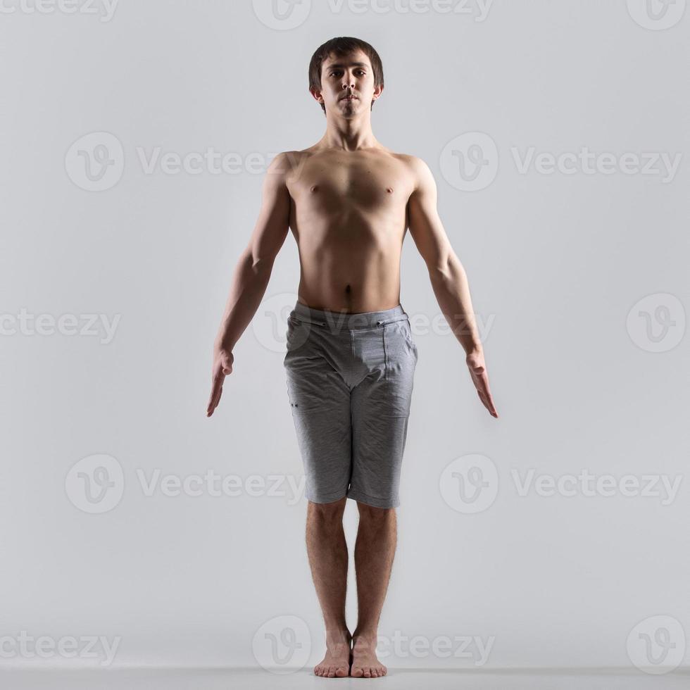 pose de yoga tadasana foto