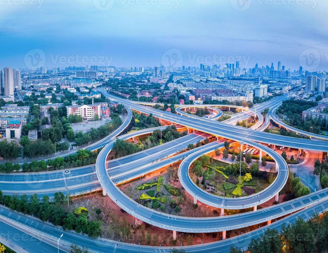 Vista aérea del intercambio de la ciudad en Tianjin foto