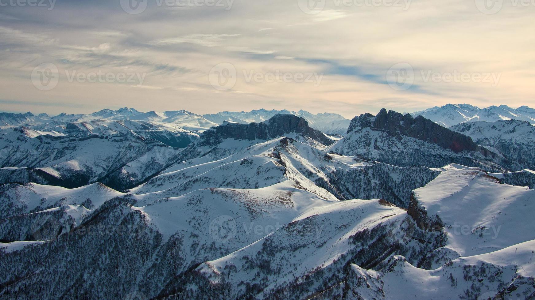 día de montaña invierno foto