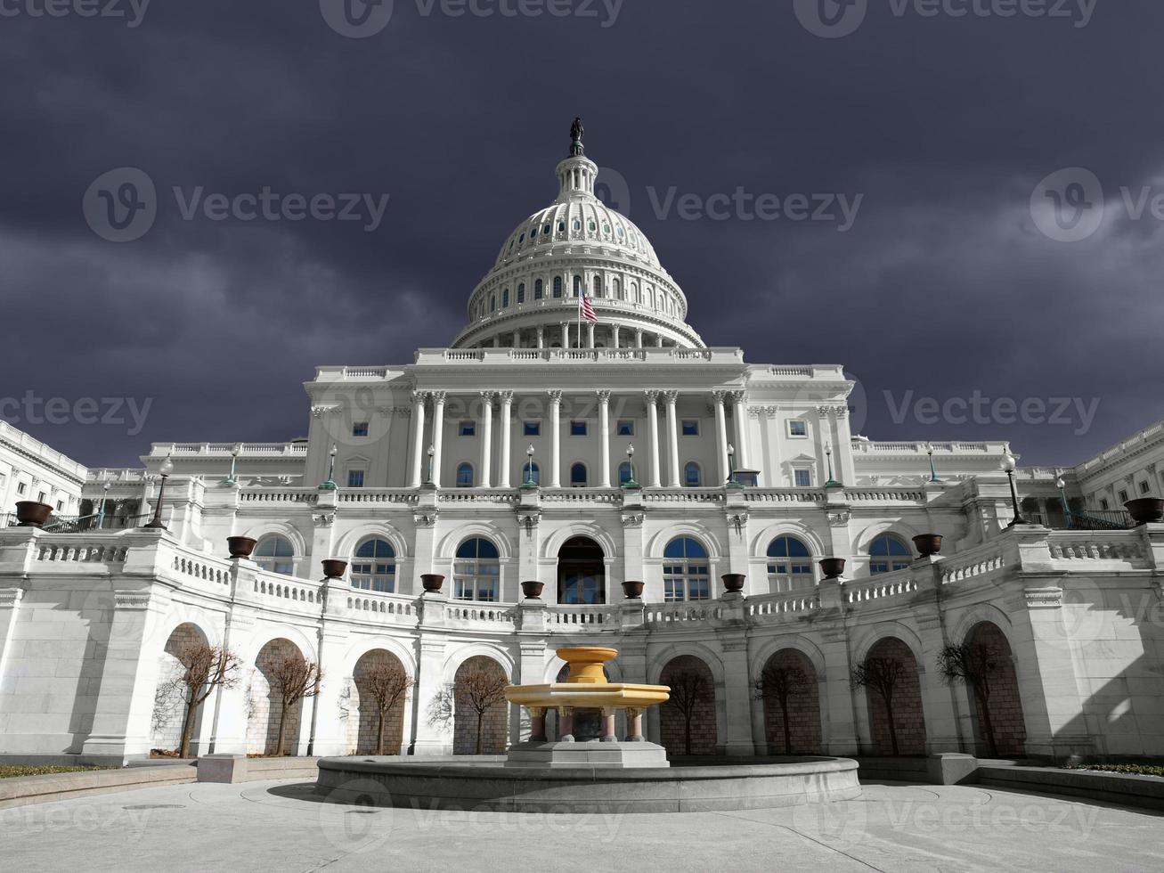 nosotros capitol thunder sky foto