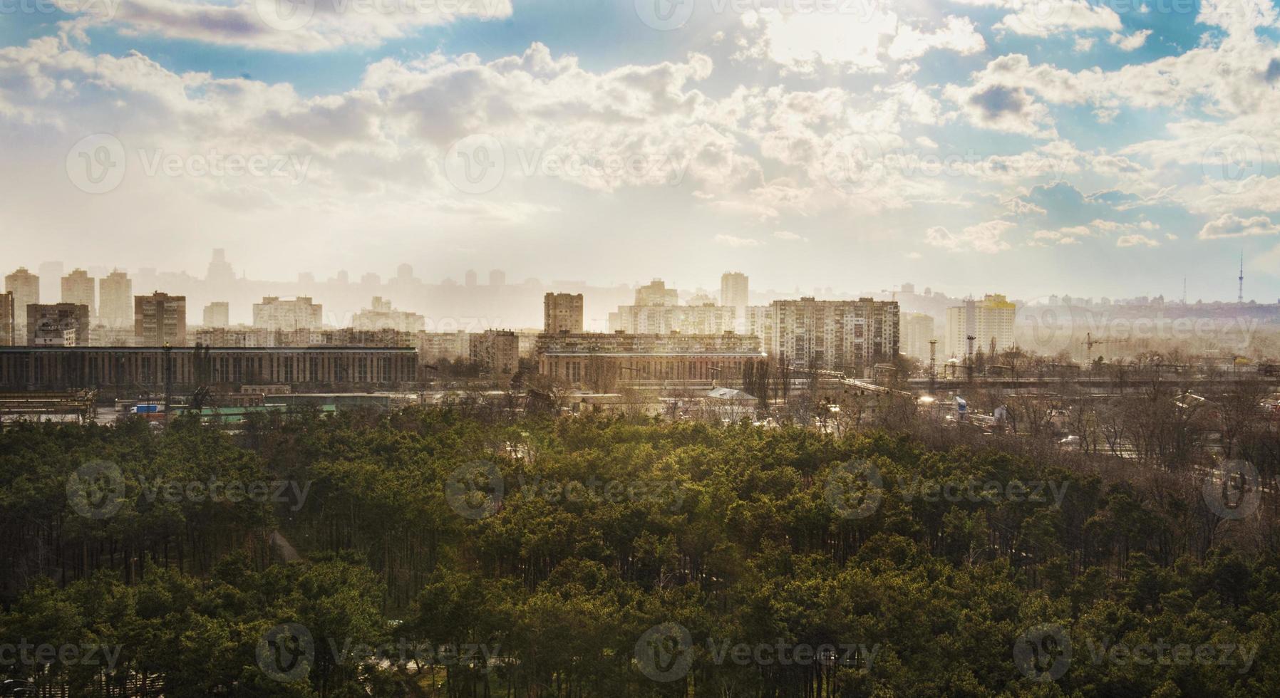 puesta de sol de kiev foto