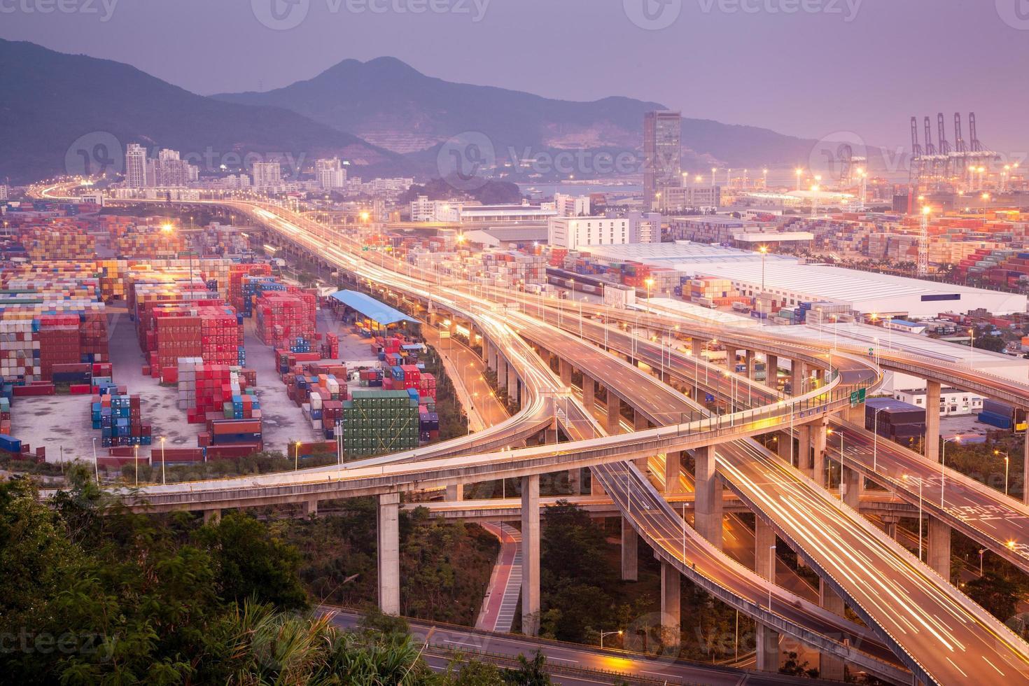 China Shenzhen, paso elevado del puerto de Yantian foto