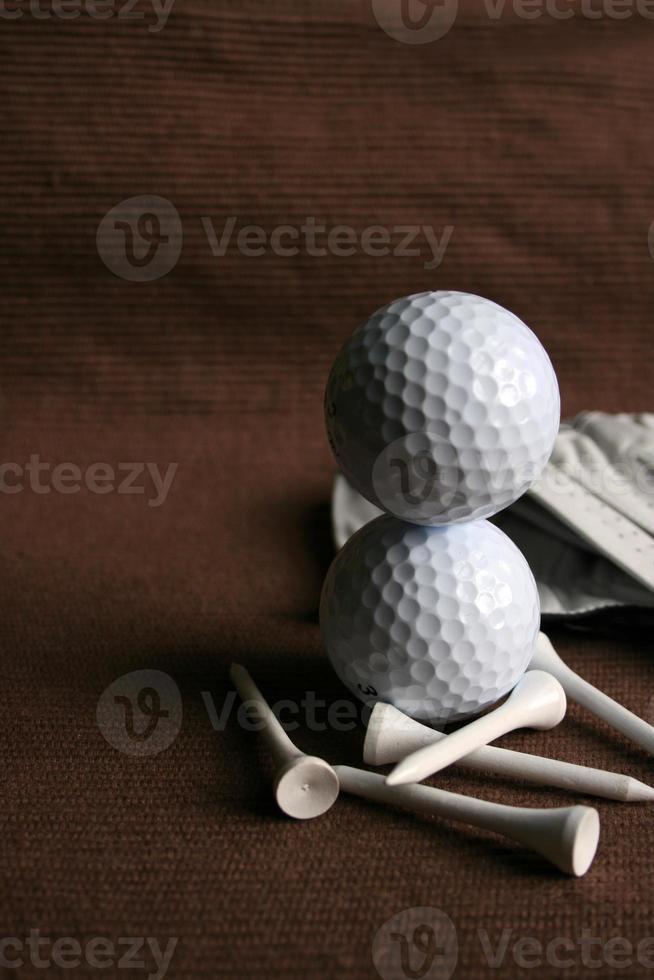 pelotas de golf apiladas foto