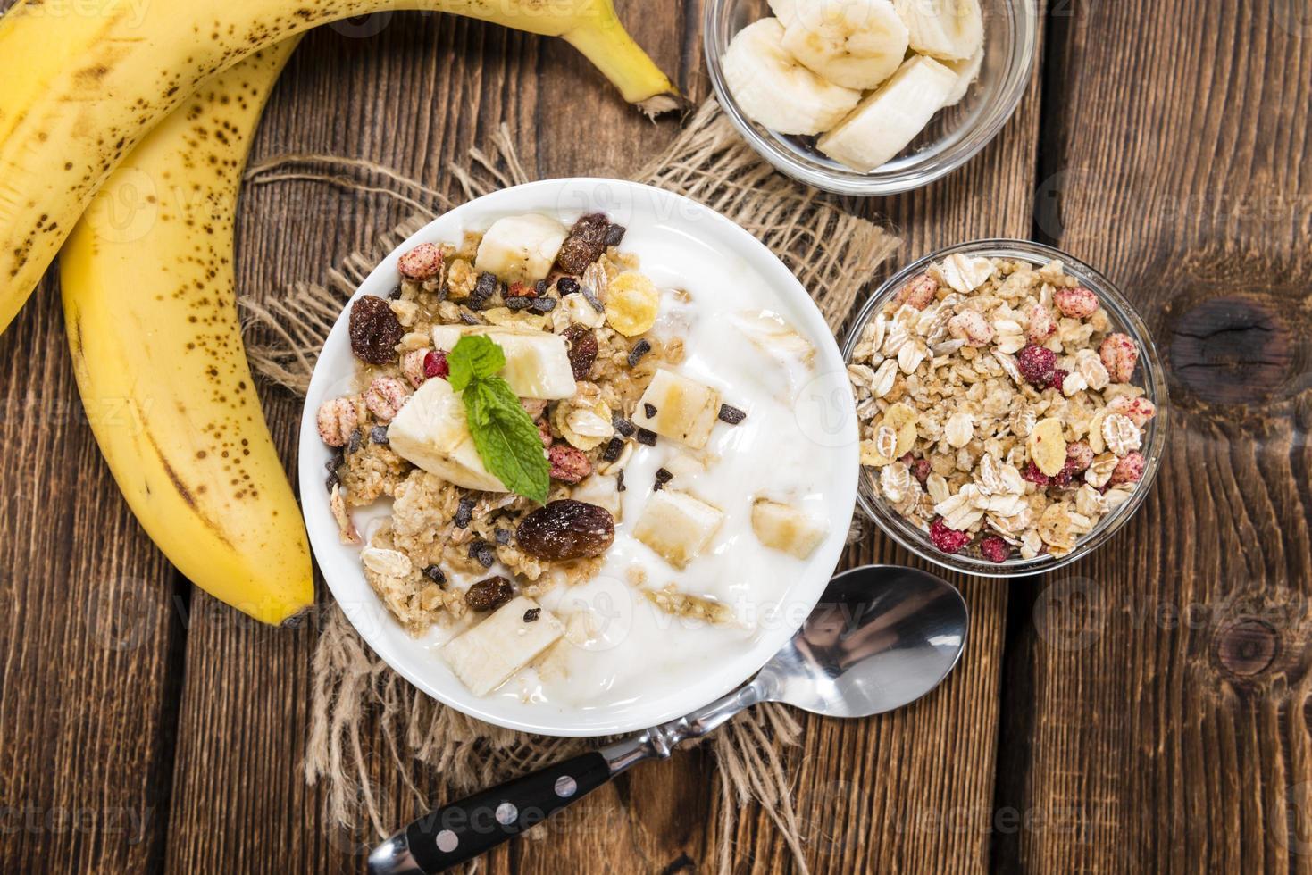 porción de yogurt de banana foto