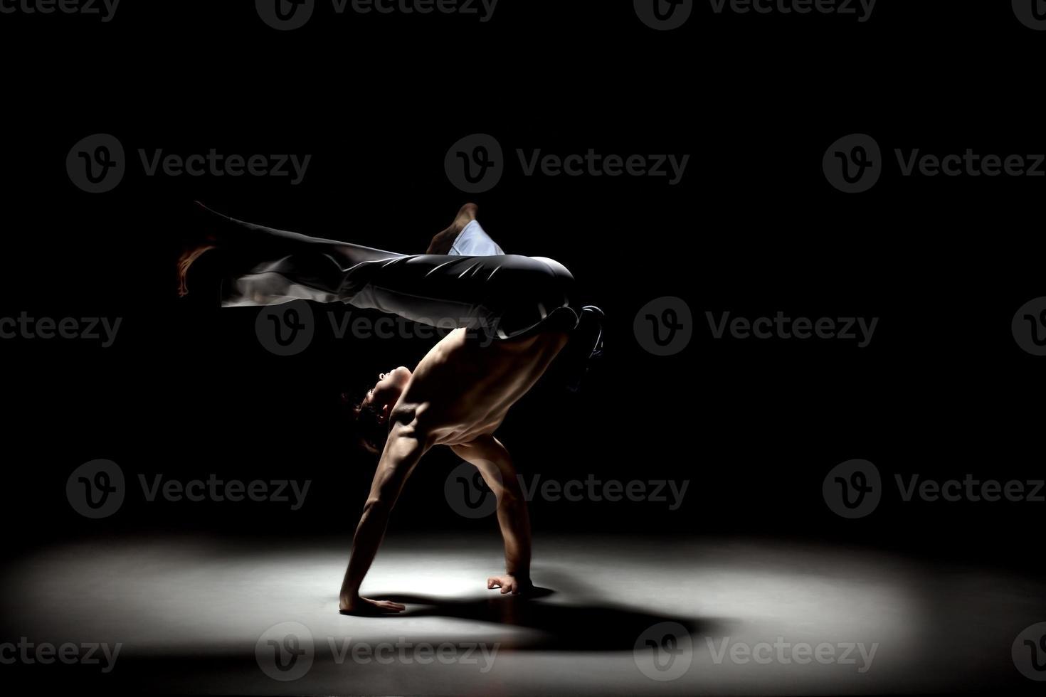 hombre capoeira foto