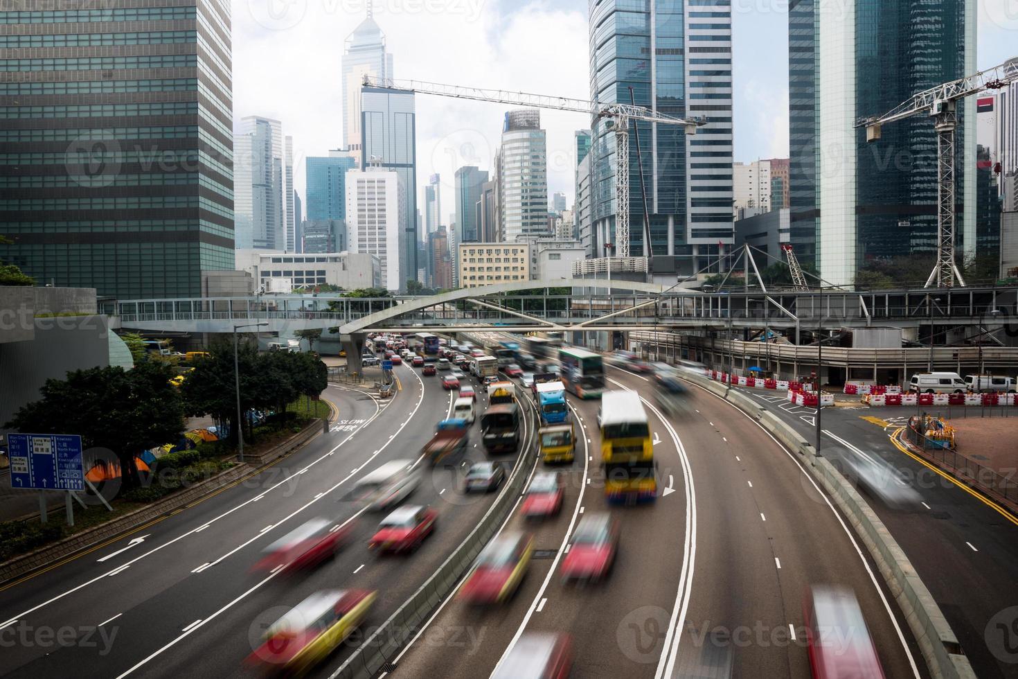 autos en movimiento foto