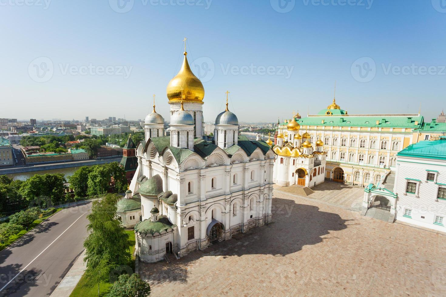 alta vista iglesia de los doce apóstoles foto