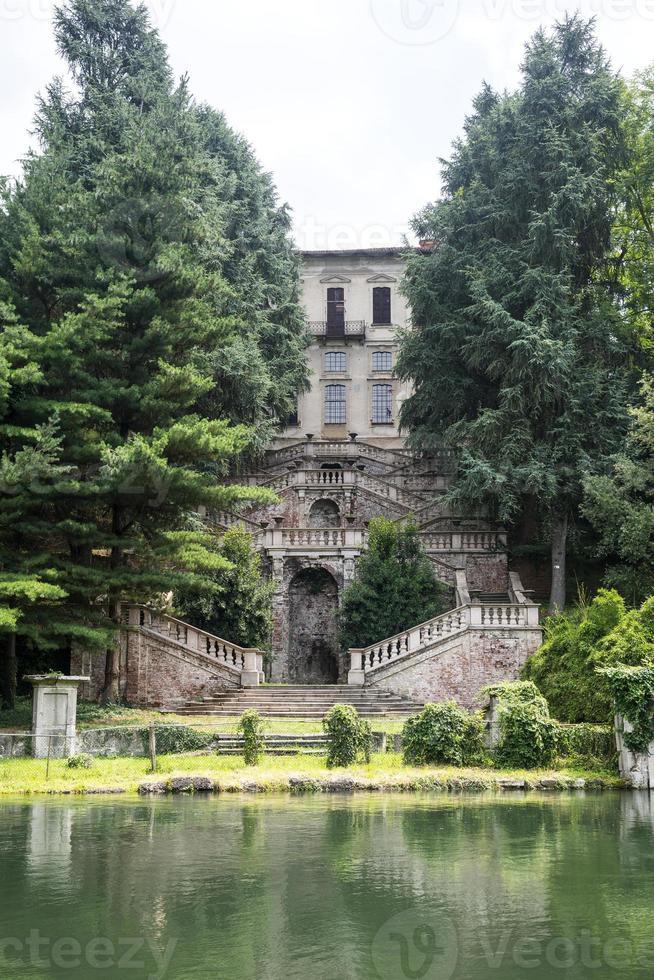 Naviglio Grande (Milan, Italy) photo