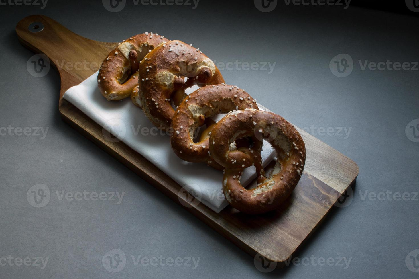 Breze/brezn/pretzels on a breadboard photo