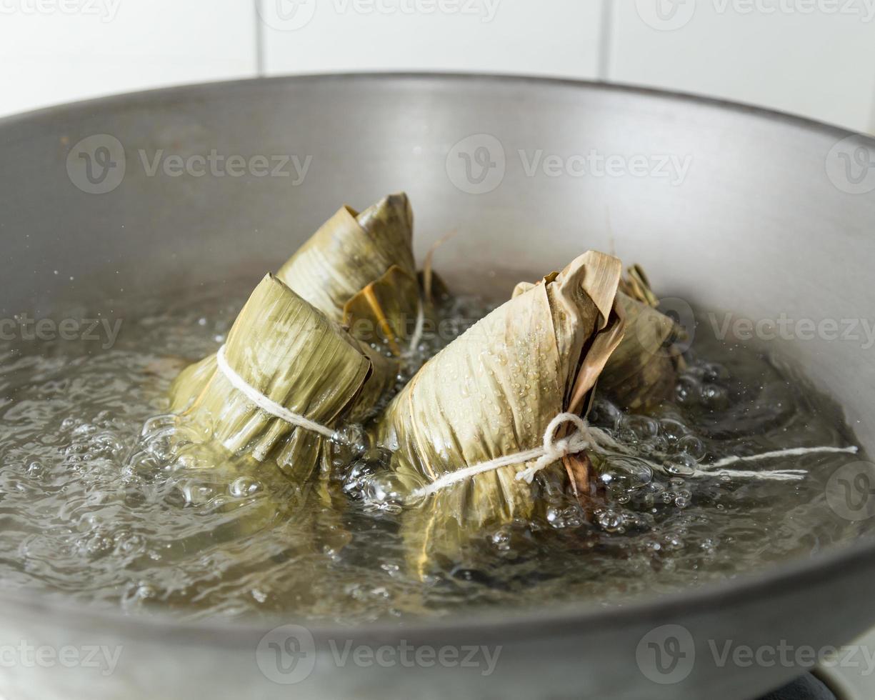Zongzi in a wok photo